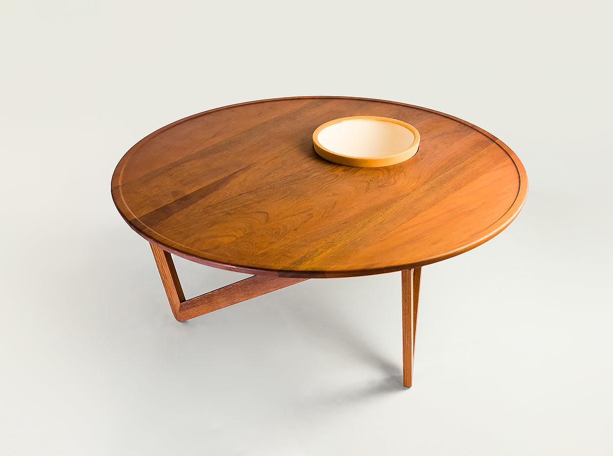 M22 Table Cuco Handmade Furniture